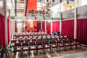 Russen tussen hemel & aarde @ Zuidlaren, Theater Mozaiek | Zuidlaren | Drenthe | Nederland