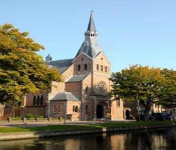Baboesjka & het Russische beest (schoolvoorstelling) @ Weesp, Van Houtenkerk | Weesp | Noord-Holland | Nederland